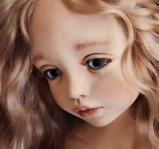 Была уверена, что смотрю на фарфоровые куклы, а они оказались тряпичными