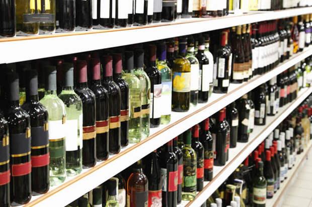В России намерены ужесточить штрафы за нарушения торговли алкоголем