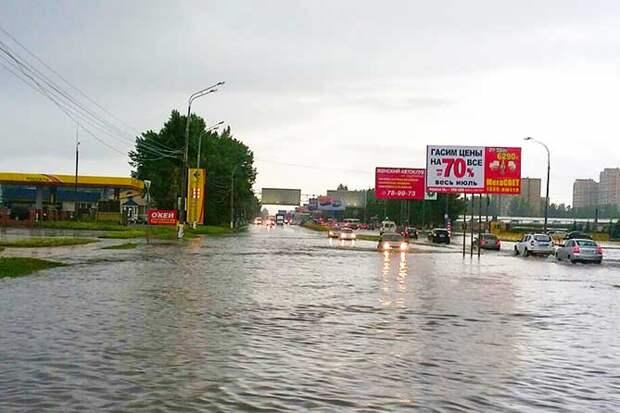 01-07-2015-zatopilo-dozhd-grad-groza-molniia-26