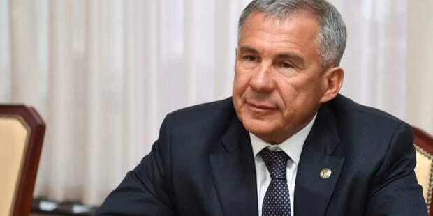 Минниханов поведал Президенту об экономике Татарстана