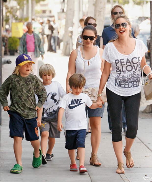 Шэрон Стоун дети, добро, родители, усыновление
