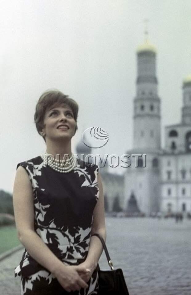Джина Лоллобриджида на Московском Международном Кинофестивале 1961 года.