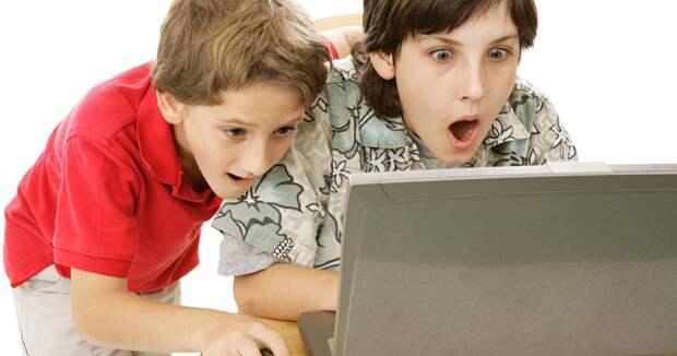 Британским школьникам, чтобы сделать домашнее задание, пришлось смотреть жесткое порно