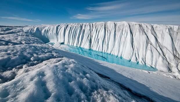 Таяние льдов в Гренландии ускоряется и процесс уже не остановить
