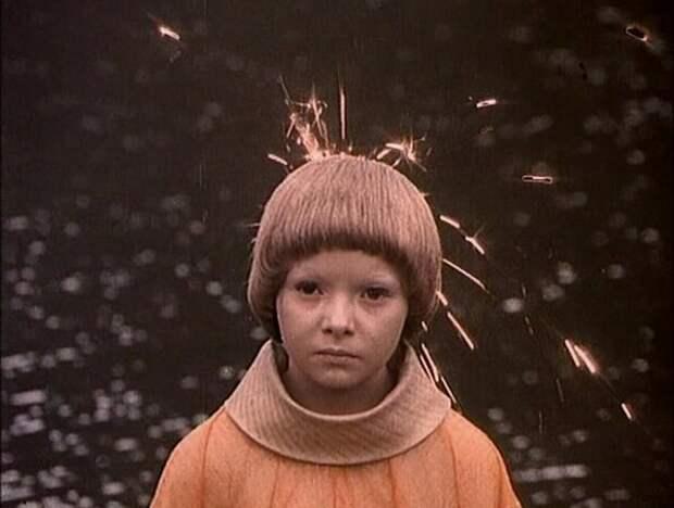 Как сложилась судьба инопланетной девочки Майки.