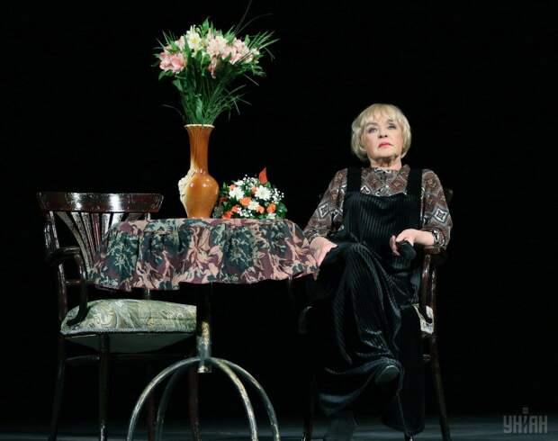 Роговцева рассказала, как она и другие актеры пели украинский гимн на кухне \ Фото УНИАН