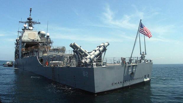 Эксперт объяснил, зачем американский крейсер подрезал противолодочный корабль ВМФ РФ