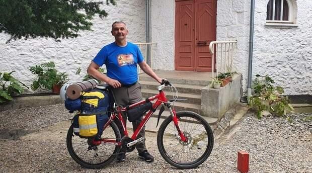 Путешественник отправился на велосипеде из Ялты на Сахалин «дорогами Чехова»