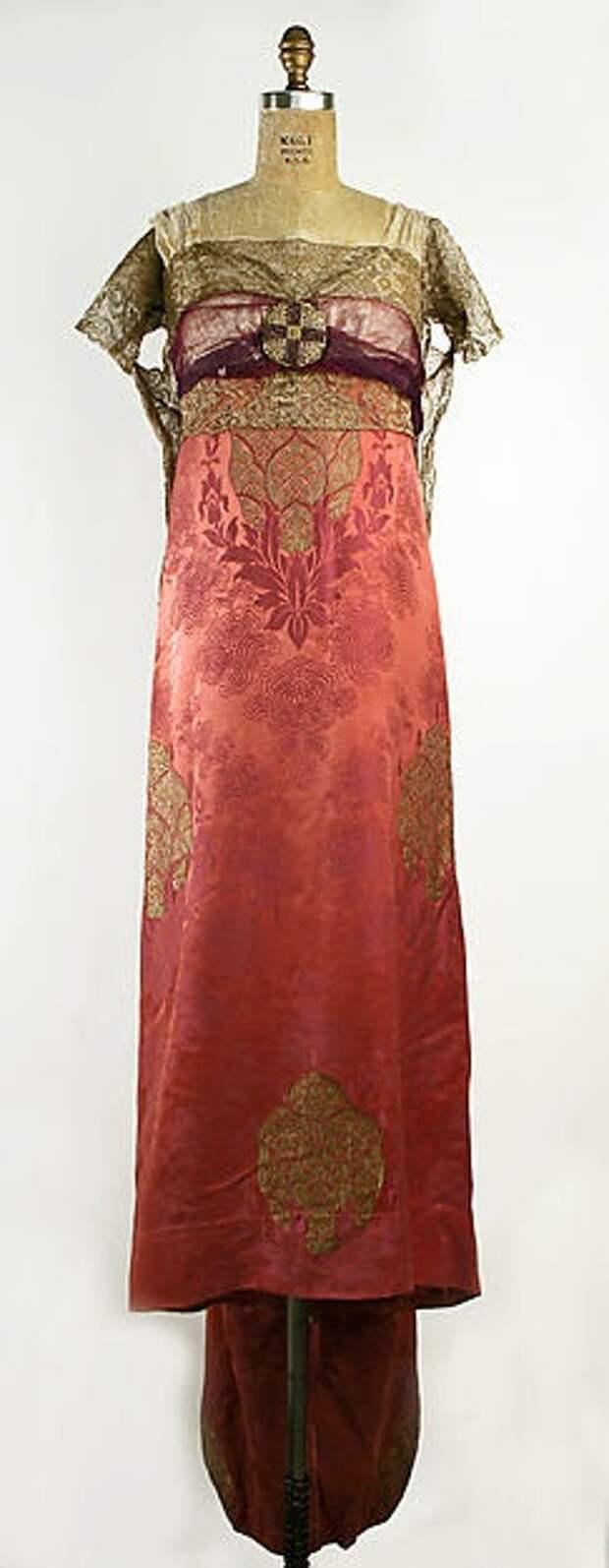 Антикварные платья 20-30-х годов