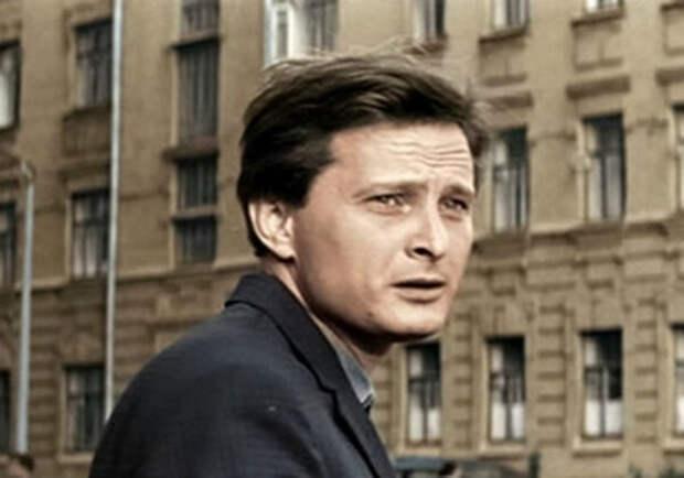 Виктор Сергачев в фильме «Три тополя на Плющихе» 1967г. (источник фото:  ivona.bigmir.net)
