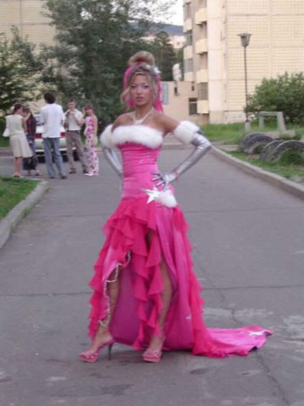 А я иду такая вся в Dolce & Gabbana... выпускной, платье