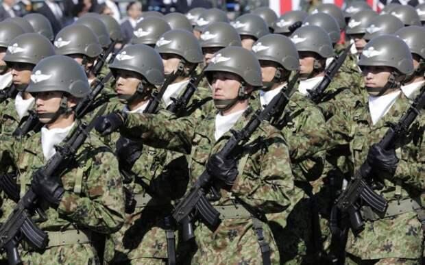 Япония Бюджет: $41,6 Людские ресурсы: 53,6 млн Бронетехника: 678 Авиация: 1,613 Подводные лодки: 16 В абсолютном выражении японская армия относительно невелика. В рейтинге ее поднимает превосходное техническое оснащение. Япония имеет четыре авианосца, хотя эти суда укомплектованы только вертолетным парком. Из-за территориальных разногласий с КНДР страна намерена и дальше увеличивать расходы на оборону.