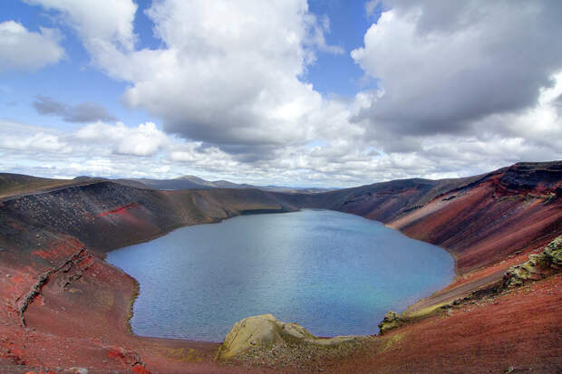 6. Льйотиполлур (Ljotipollur), Исландия в мире, озеро, природа