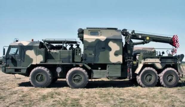 Военные ЗВО получили новую ремонтно-эвакуационную машину для комплексов «Искандер»
