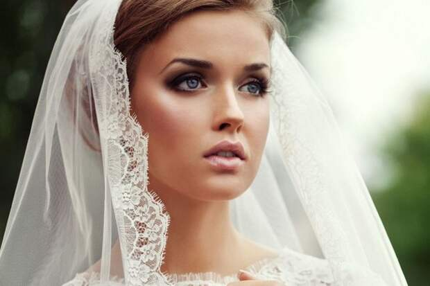 - Папа, мы с Ваней любим друг друга и хотим пожениться! Улыбнемся))