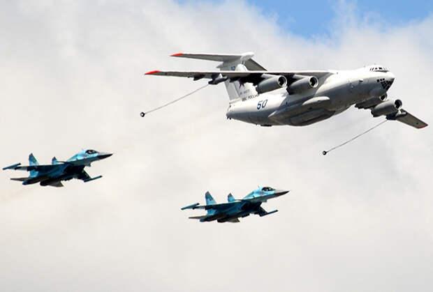 Самолеты Ил-78 и Су-34