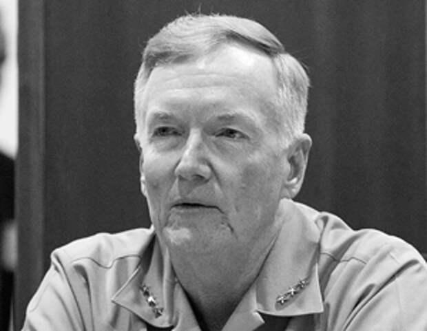 Вице-адмирал США назвал профессионалами появившихся в зоне маневров НАТО военных России