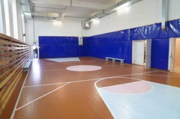 Ирина Синцова сообщила о готовности школьного спортзала в Иркутском районе к учебному году