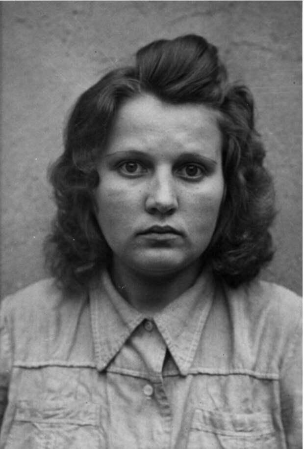 Хильдегард Камбах (Hildegard Kambach) (не нашел данных по приговору)