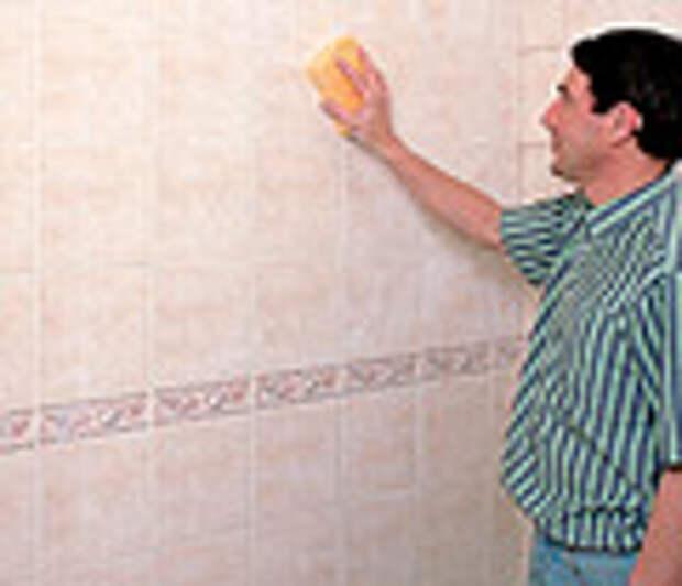 как клеить плитку на стену
