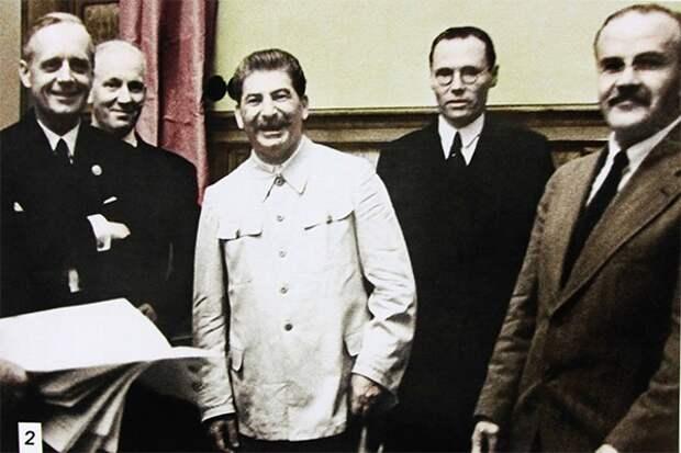 От второй Мировой к Великой Отечественной
