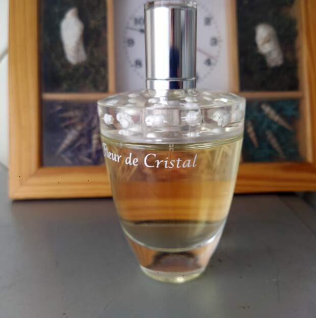 Аромат для бизнес-леди. Какой парфюм отлично подойдет под деловой костюм (1 ч.)