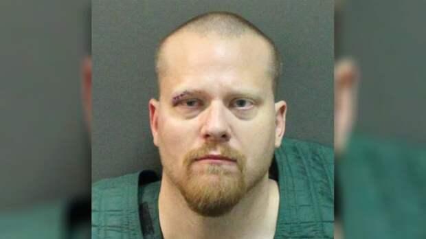 Во Флориде экс-заместитель шерифа дал ребенку оружие для борьбы с демонами, которые, якобы, были дома