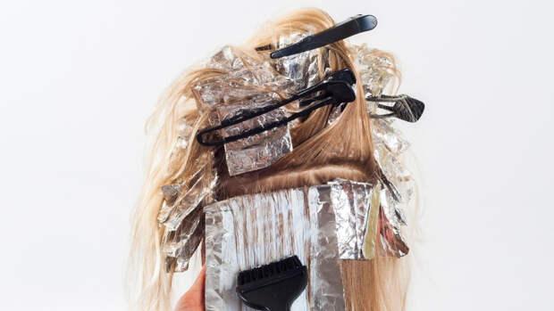 Британский парикмахер объяснил, как сохранить цвет волос после окрашивания