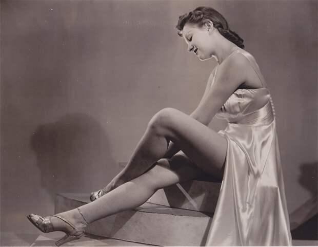 Винтажный Pin-Up 1940г.