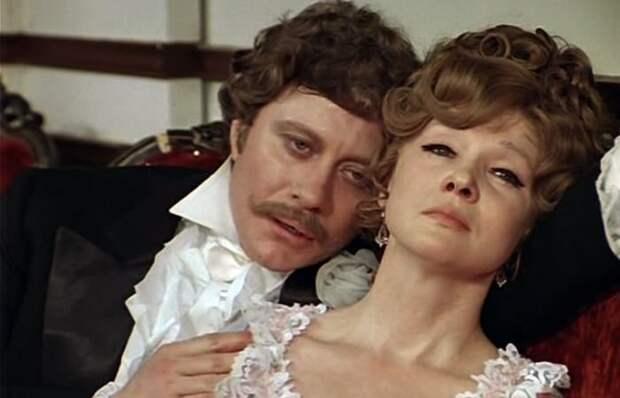 Кадр из фильма *Соломенная шляпка*, 1974 | Фото: kino-teatr.ru