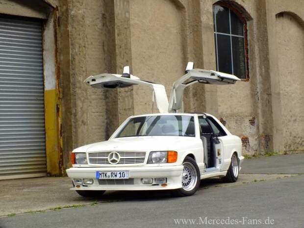 Данный автомобиль находиться в Гамбурге (Германия). Это один из трех автомобилей который остался на родине а не ушел на ближний восток. gullwing, mercedes, mercedes-benz, тюнинг