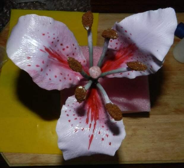 Цветок из полимерной глины