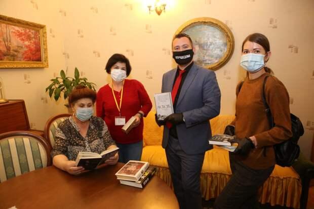 Волонтеры из Текстильщиков охотно участвуют в различных акциях / Фото: Ярослав Чингаев