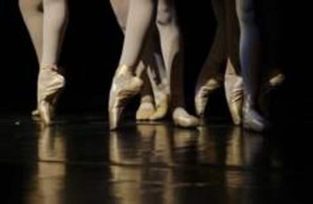 В венской балетной школе детям советовали курить