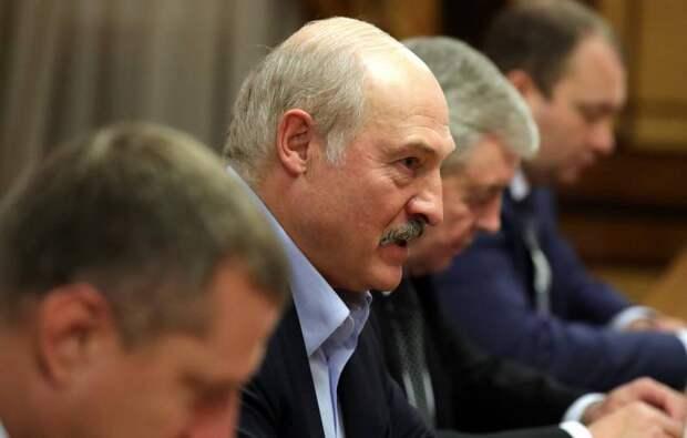 Лукашенко: «Путин – мой друг, а с Зеленским здороваться не стану»