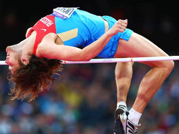 Олимпийский чемпион Иван Ухов потерял майку во время игр