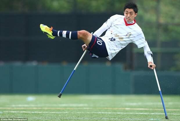 Соревнование по футболу, для людей-инвалидов