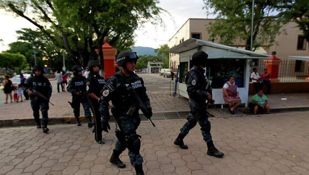 В Мексике российские туристы разогнали местных грабителей