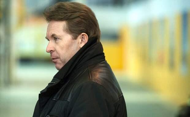 Экс-глава «Роснефти» подал в суд на Ротшильдов