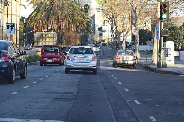 Разбитые дороги  Лос-Анджелеса