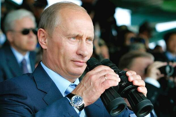 Сколько стоят часы Путина?
