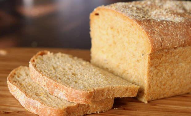 Кладем свежий хлеб в морозилку: можно хранить месяцами