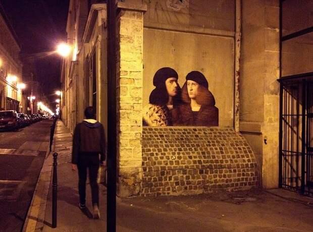 Картины, перенесенные на улицу