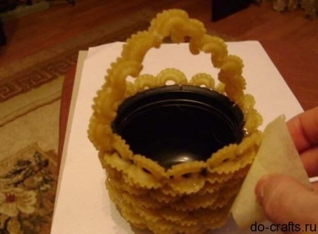 ваза с макаронами