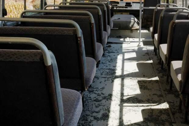 Симферопольские автобусы воняют мочой и покрыты коркой пыли