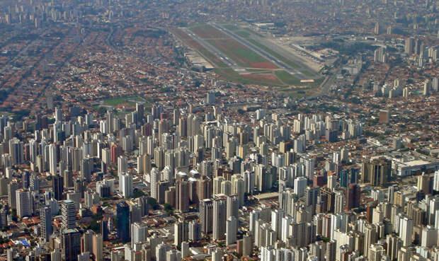 10 самых опасных аэропортов мира