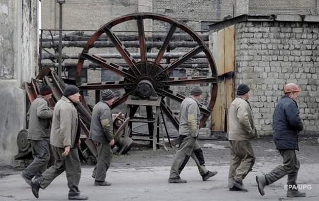 Украина закупает у сепаратистов 40 тысяч тонн угля в день