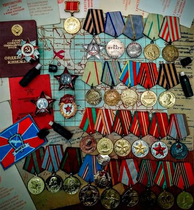 Плата за победу: как мексиканец выкупает утерянные награды времен ВОВ и возвращает их в Россию