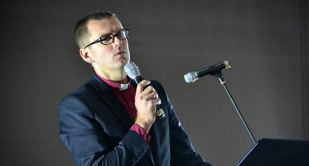 Кандидат впрезиденты Латвии отпартии Ушакова: Ястал предателем