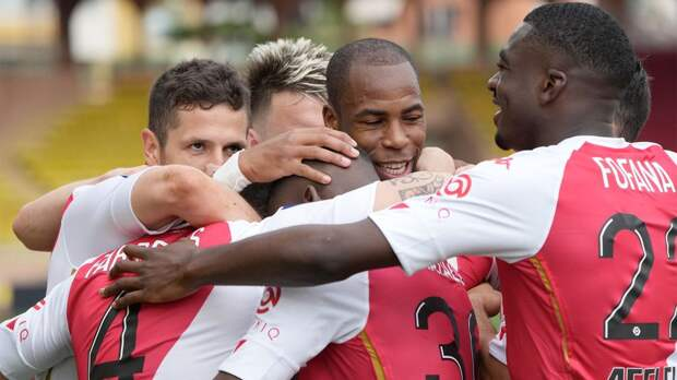 «Монако» разгромил «Бордо» и до 2 очков сократил отставание от 1-го места в Лиге 1. Головин отыграл 65 минут